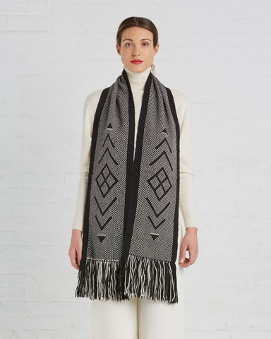 Voz | UN Trust Fund Scarf in Black
