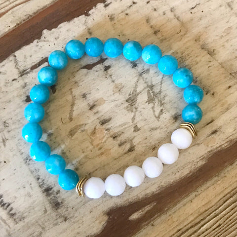 Turquoise and White Beaded Bracelet