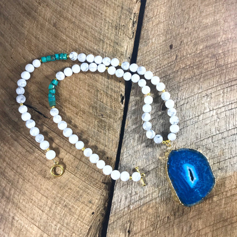 Round Blue Agate Necklace