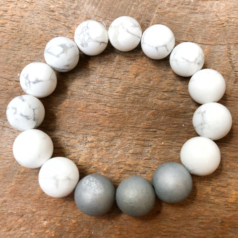 Silver Druzy and Howlite Beaded Bracelet