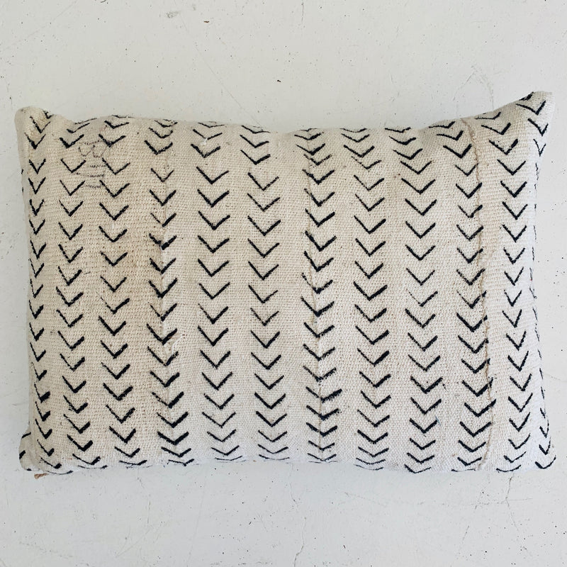 Mud Cloth Cushion - Cream Arrow