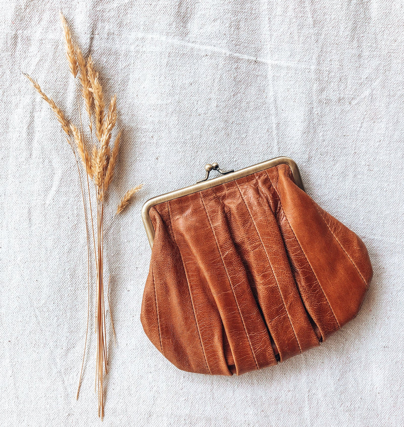 Bertie Purse - Chestnut Antique