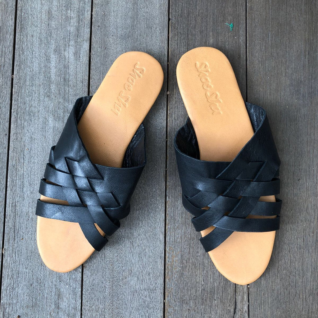 Leather Vintage Slide - Black
