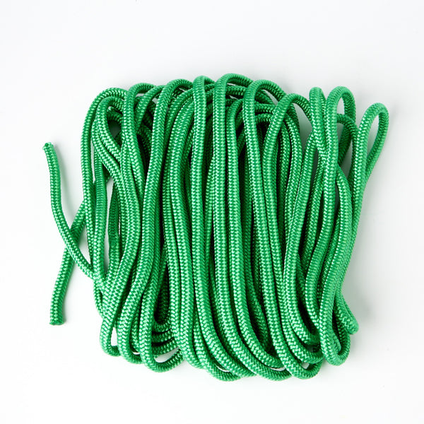 15m piece of rope to aid with slacklining for kids