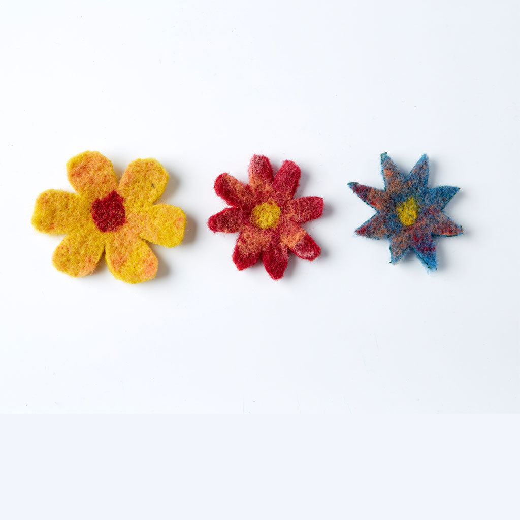 Needle Felting Kit - Flower Brooches