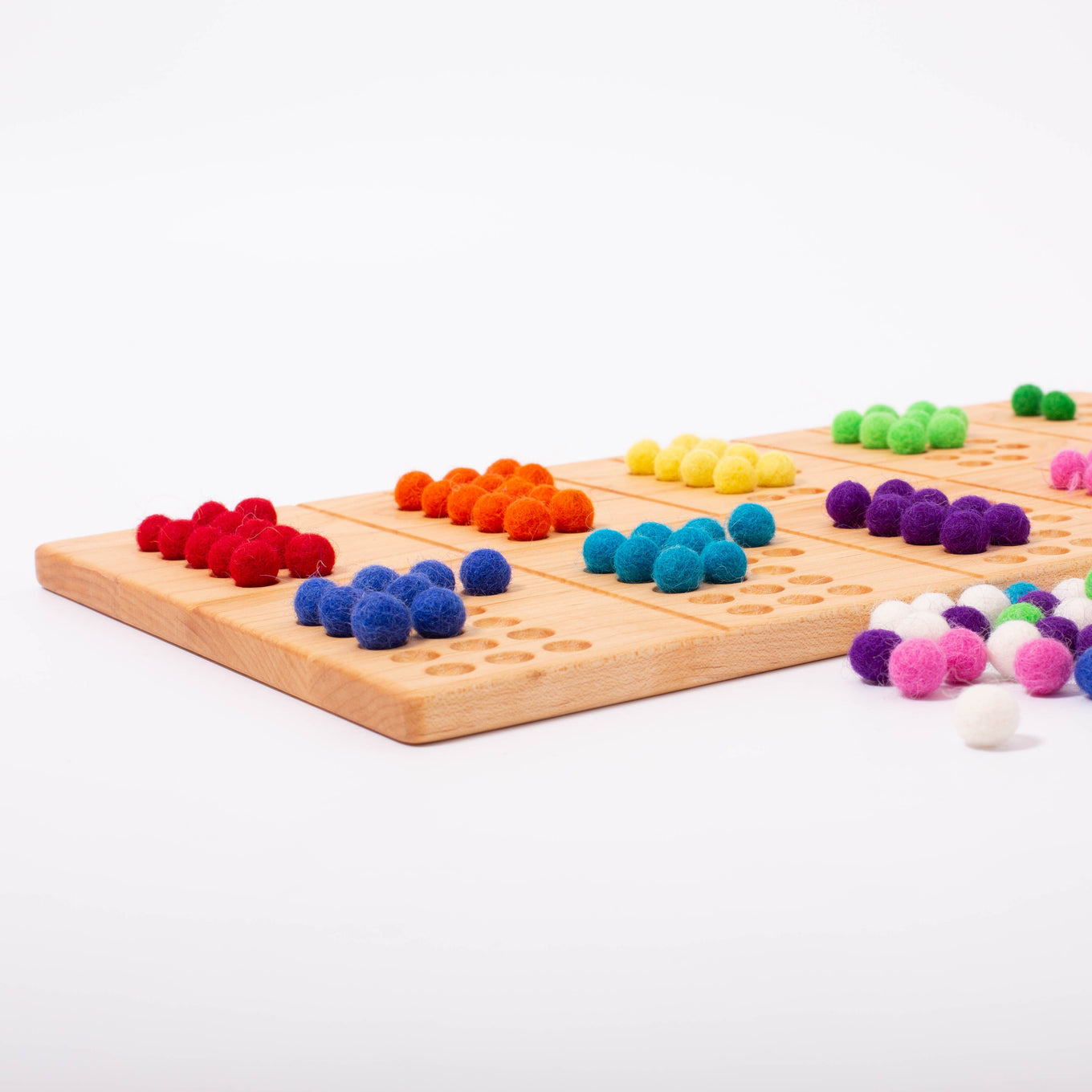 Reversible 11-20 board with Wool Balls