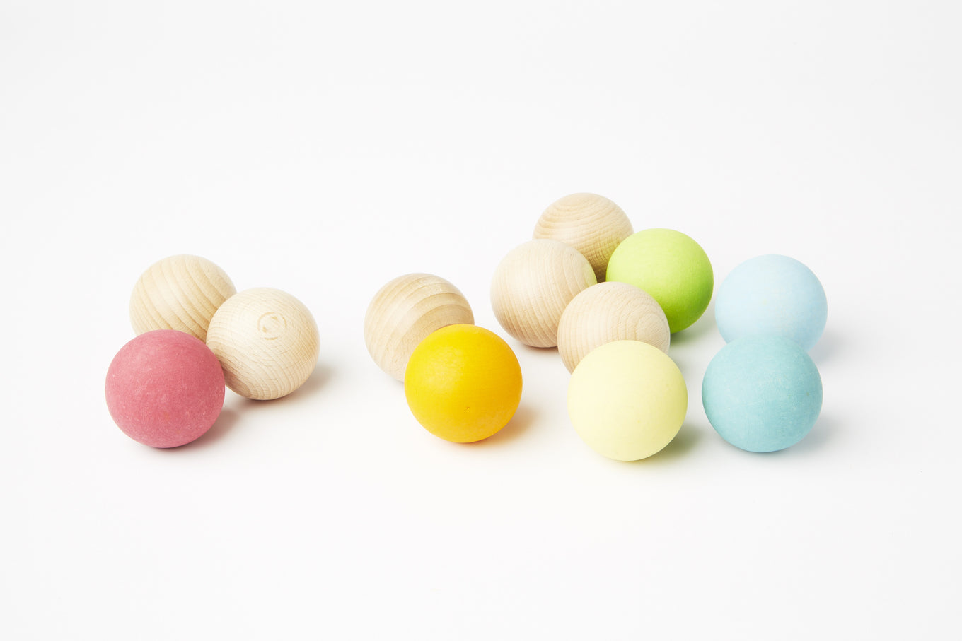 6 Wooden Balls | Pastel Colours