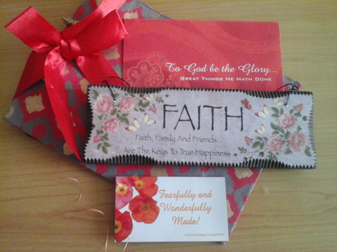 To God  be the Glory Gift Set: Plaque, Magnet, Card, and Gift Bag