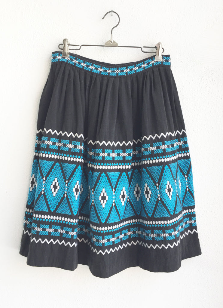 Vintage Guatemalan Embroidered Skirt size Small/Medium