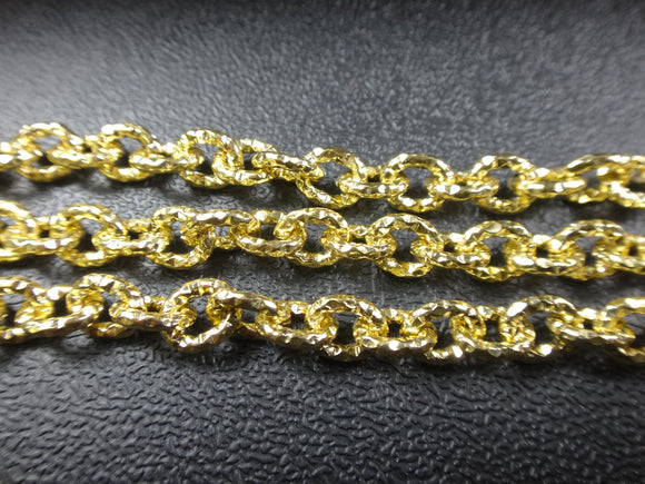 Cable Oval 7x6mm Aluminum Chain gold color, textured, non tarnish, open links (7969)