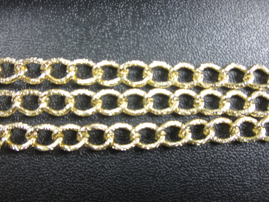 Curb Flat 11x6mm Aluminum Chain gold color, textured, non tarnish, open links (8253)