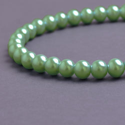 Glass Pearl Beads C38 Light Mint