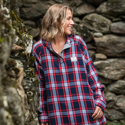Women's Malo Pullover Hooded Snap Flannel - Red