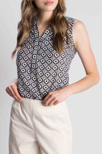 Shawl Collar Sleeveless Top