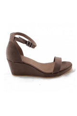 NAE Vegan Brown Linda Sandal Bead & Reel