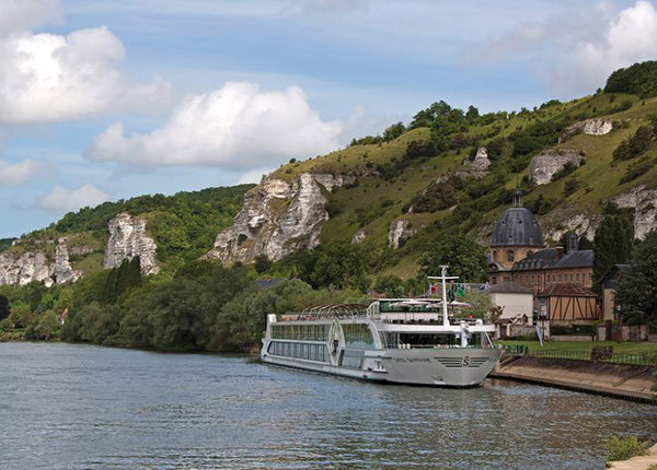 Tauck: Cruising the Seine: Plus Versailles, Paris, and London