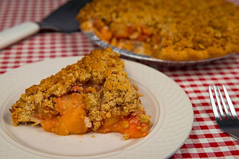 Apple Strawberry Crunch Pie