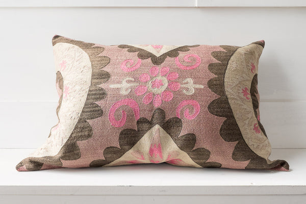 SUZANI PILLOW 32