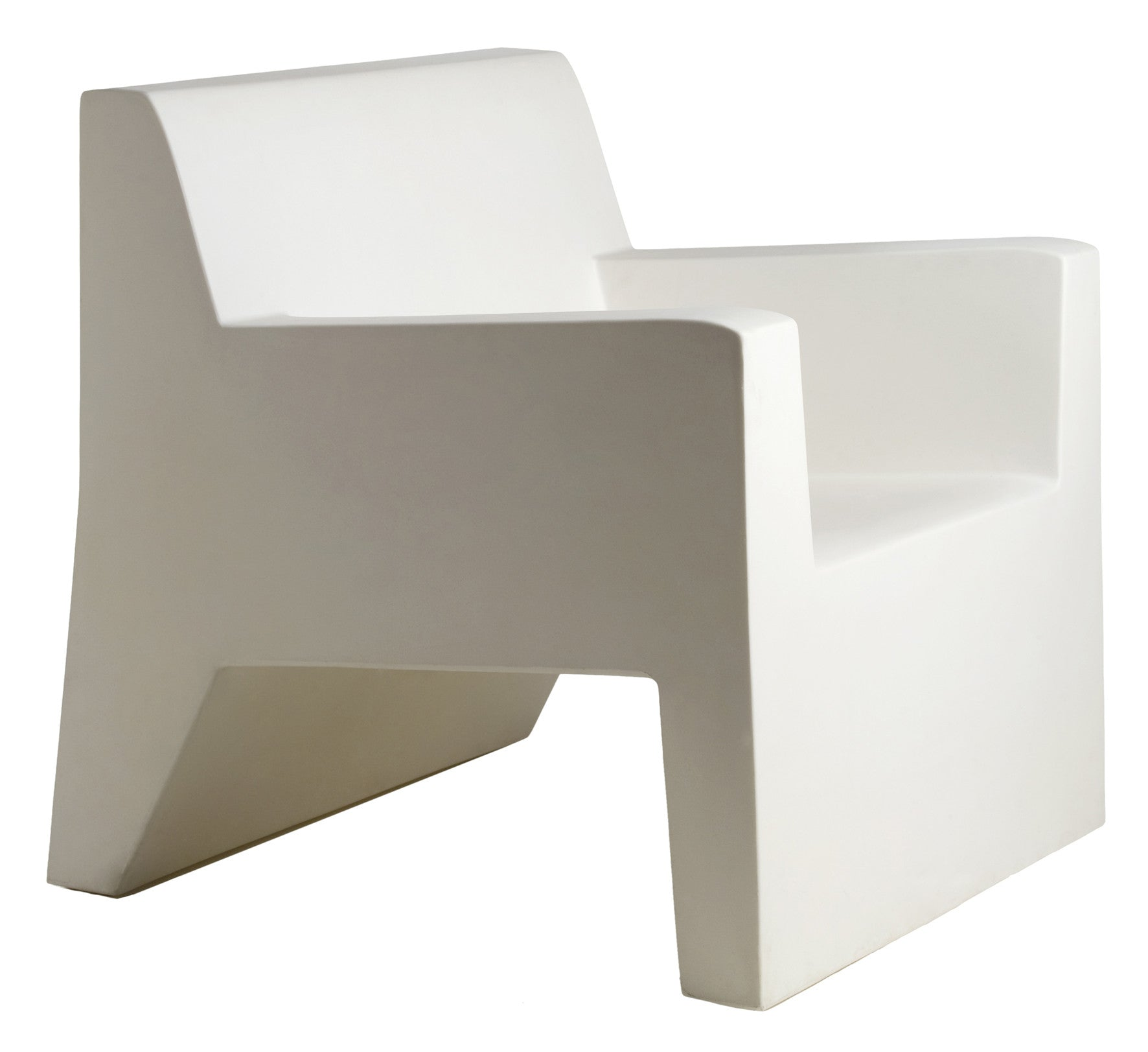 WHITE JUT LOUNGE CHAIR