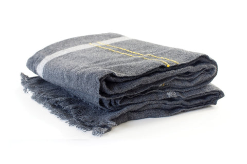 CALYPSO CASHMERE THROW - DARK GREY