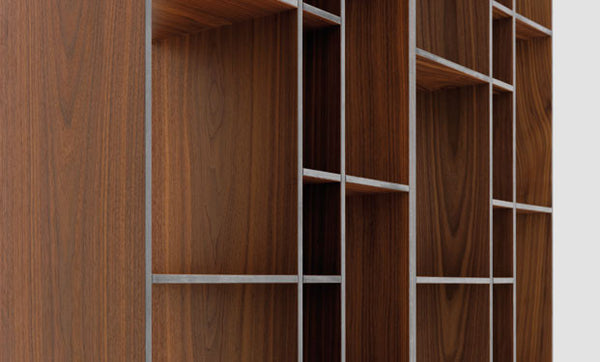 AMERICAN WALNUT VENEERED