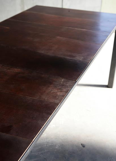 CTR LEATHER II TABLE TOP DETAIL