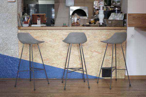 HAUTEVILLE MODERN CONCRETE & METAL BAR CHAIR