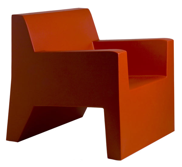 RED JUT LOUNGE CHAIR