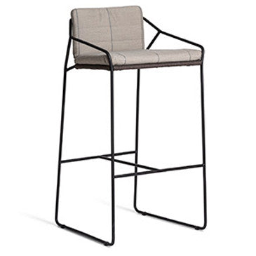 SANDUR BAR STOOL WITH ARMS