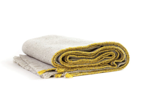SISTERON MERINO WOOL THROW - YELLOW