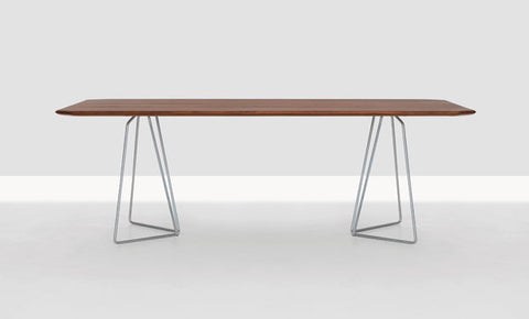 SODA DINING TABLE