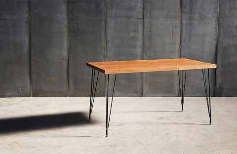 SPUTNIK DINING TABLE