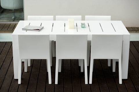 JUT DINING TABLE