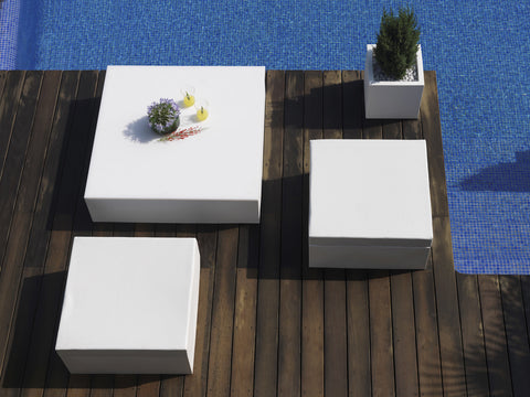 QUADRAT COFFEE TABLE
