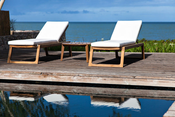 DIUNA CHAISE LOUNGE CHAIRS