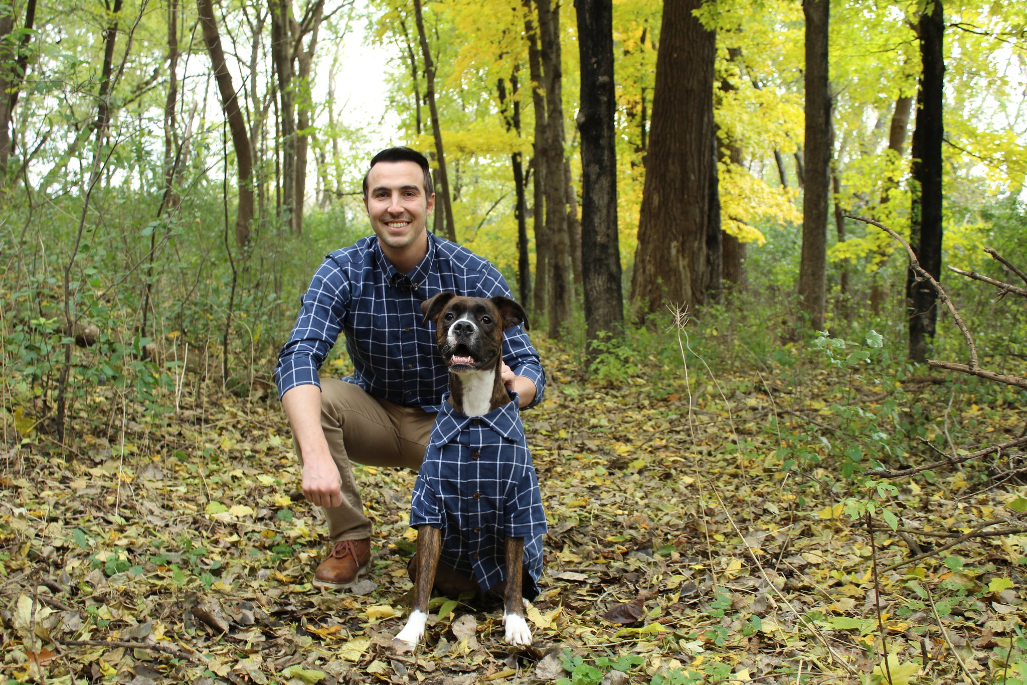 Matching Outfits for Thanksgiving | Matching Flannels for the Dog Loving Family