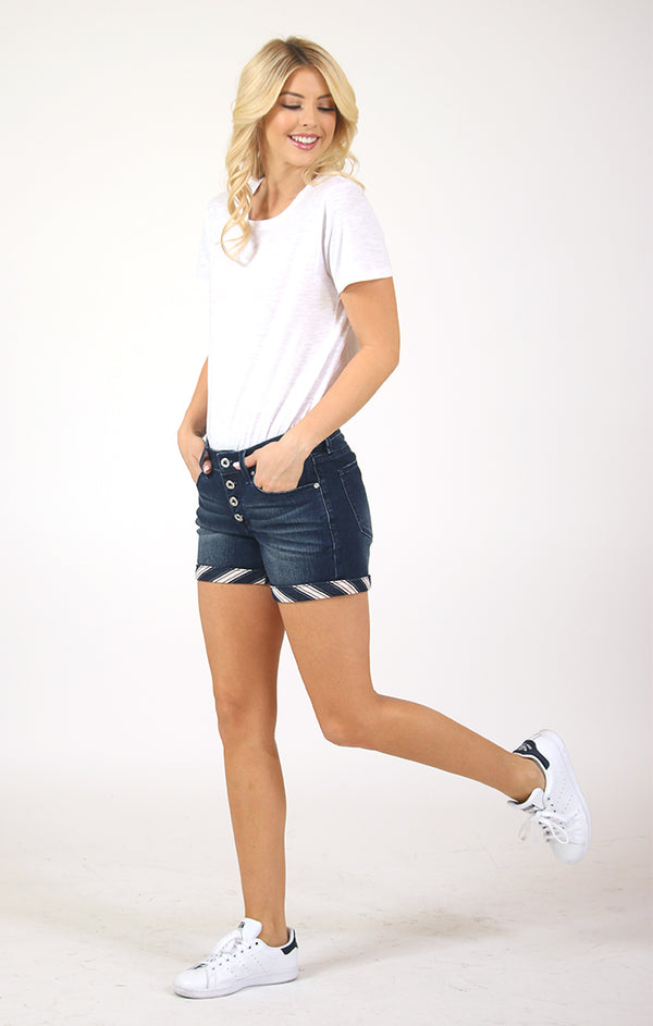 Button Fly Striped Cuff Denim Shorts | EH-S280