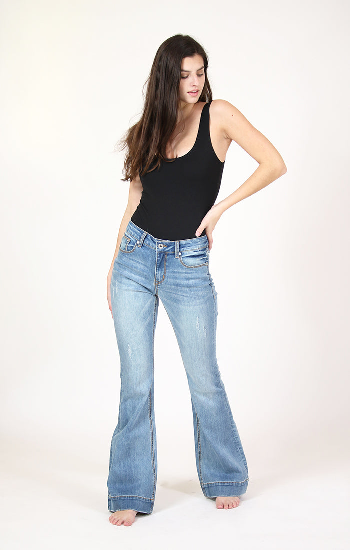 Light Wash Mid Rise Flare Jeans | EL-51611
