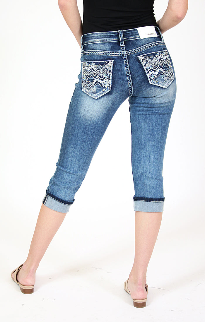 Chevron Embroidery Cuffed Low Rise Junior Denim Capri | JCW-51572