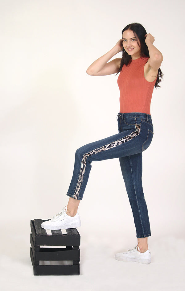 Leopard Side Stripe Low Rise Boyfriend Jeans | JF-S237