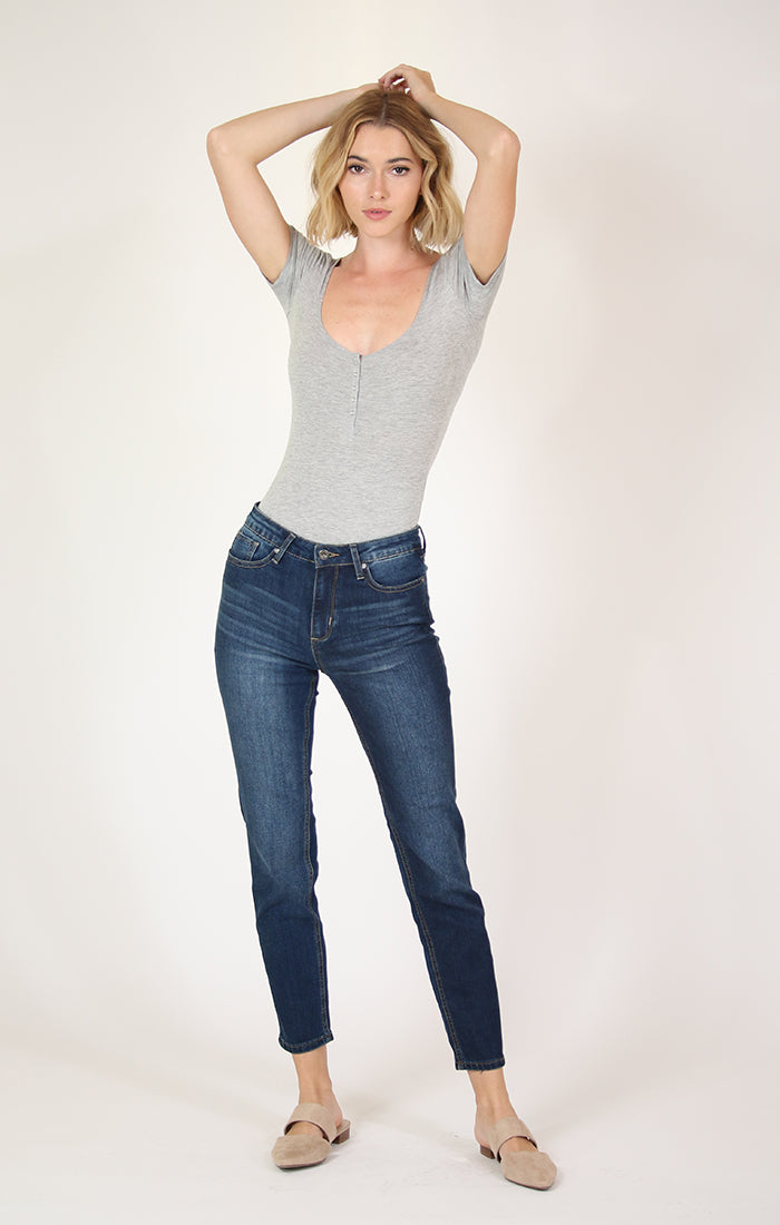 Medium-Wash Girlfriend Jeans | JGF-9233