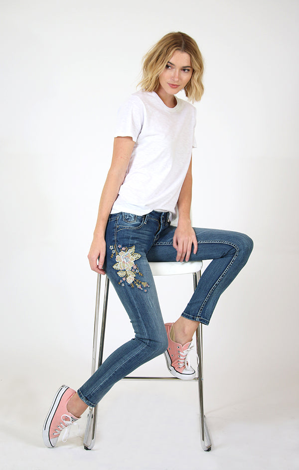 Floral Embroidered Skinny Jeans | JNW-51315