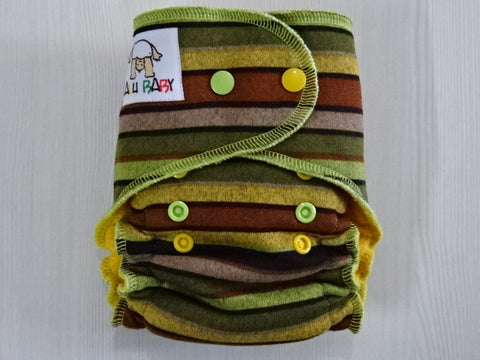 PETITE FLUFFY - GREEN STRIPES Handmade fitted diaper One size fits 4-11kg, fleece lining