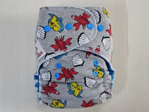 TODDLER one size FLUFFY - SEBASTIAN Handmade fitted diaper One size fits 8-15+ kg, fleece lining