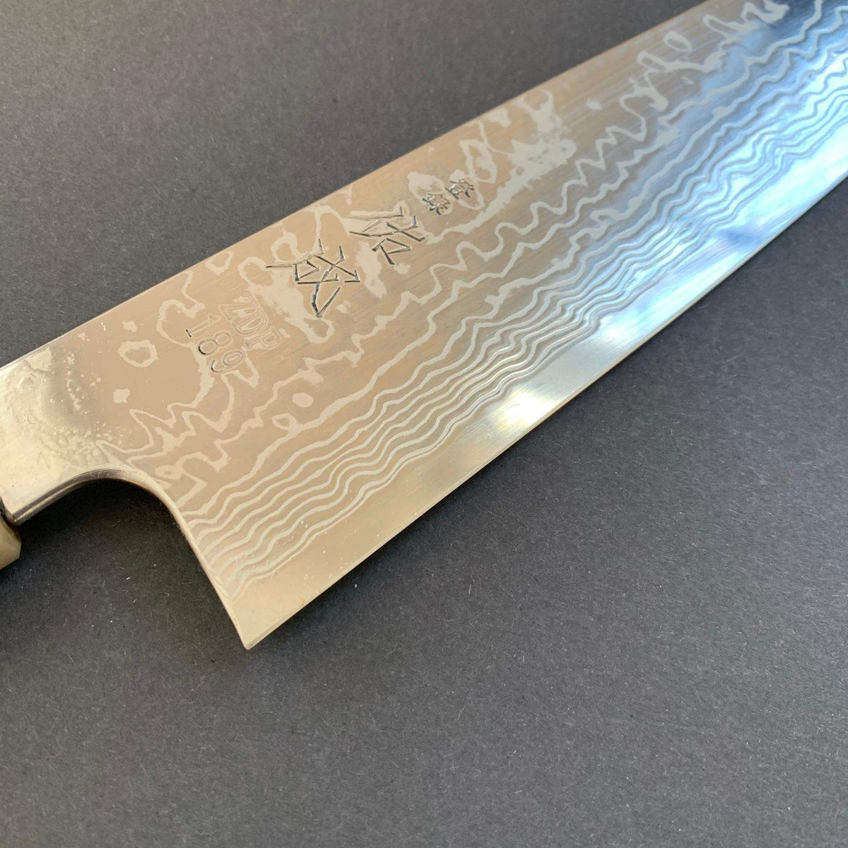 Kiritsuke knife, ZDP189 powder steel, damascus finish - Sukenari
