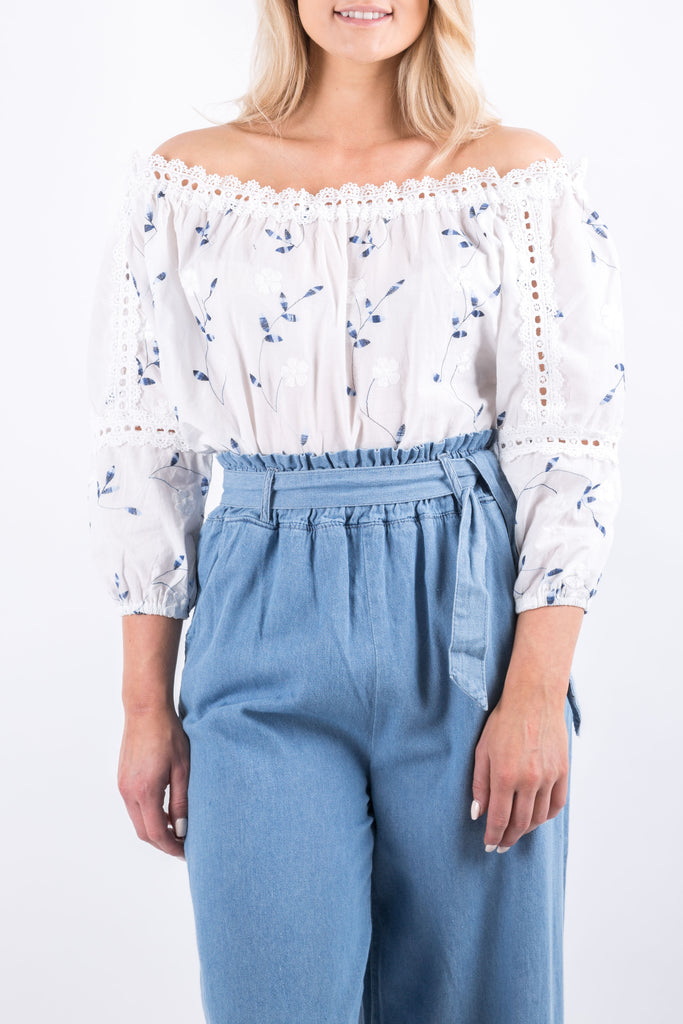 AUDREY EMBROIDERY TOP WHITE