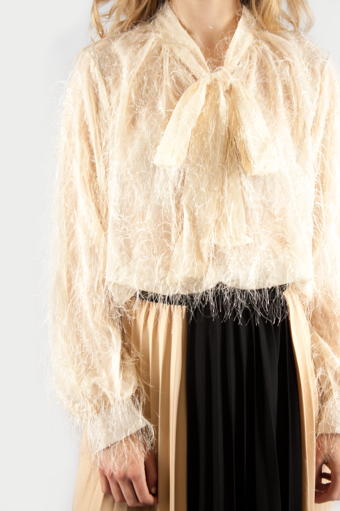 FEATHER BOW BLOUSE BEIGE