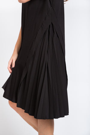 Side Pleated Dress Black