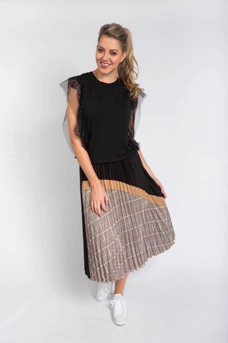 Check Pleated Skirt Black