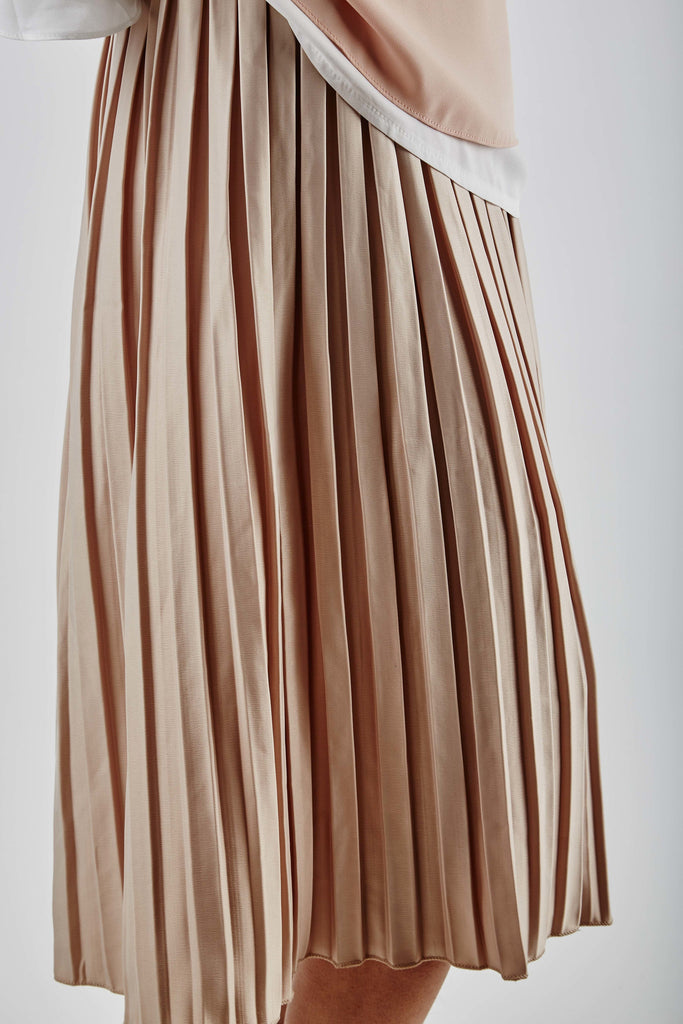 Elena Pleated Skirt Beige